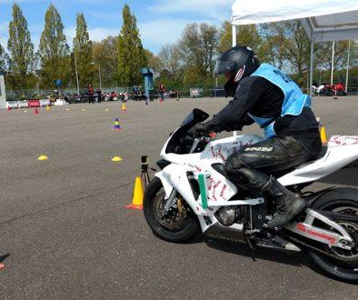 Moto Gymkhana start Competitie
